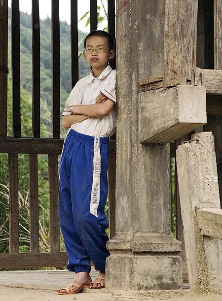 A pugnacious Dong boy, Chengyang, China. Seth Rosenblatt (c) 2006.