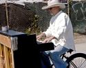 20080914-piano-trike-3
