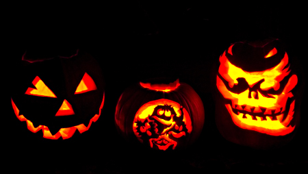 Jack'o'lanterns by the FMA, Chisana Hime and Diego Montoya. Seth Rosenblatt (c) 2006