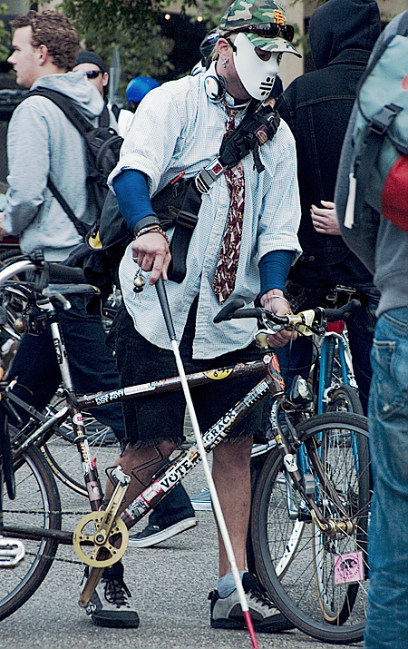A Critical Mass participant finds his way through the crowd, Justin Herman Plaza, San Francisco, CA. Seth Rosenblatt (c) 2007.