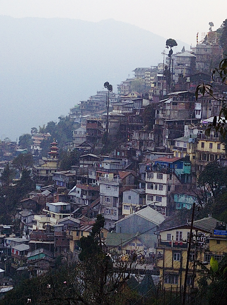 The view from central Darjeeling, West Bengal, India. Seth Rosenblatt (c) 2006.
