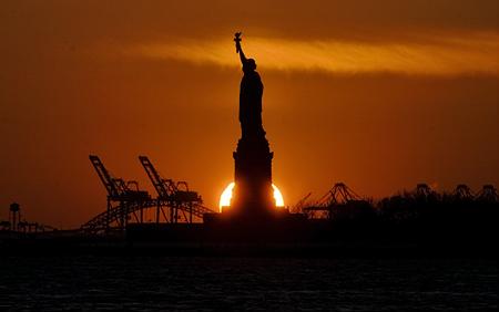 Liberty silhouette, New York, NY. Seth Rosenblatt (c) 2008.